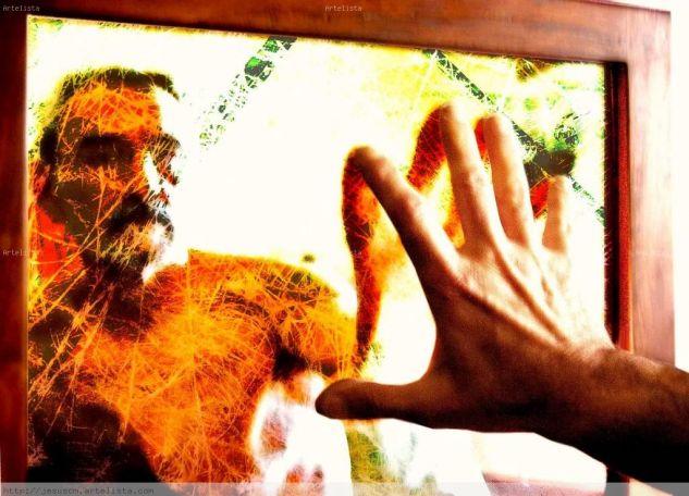 hombre en el espejo Conceptual/Abstracto Color (Digital)