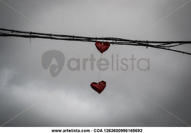 Broken love Otras temáticas Blanco y Negro (Digital)