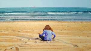 Carmen en la playa
