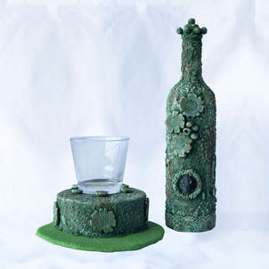 Botella y portavelas 03
