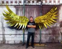 escultura hondureña alas de la libertad y la paz, johnny mcdonald