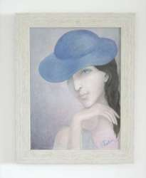 lady with blue hat