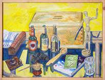 bodegón con botellas y caja de madera