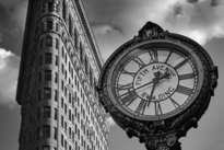 clock on fifth avenue opposite the flatiron