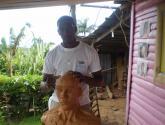 Cesar ant. construyendo un busto en arcilla