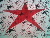 estrellas negras y rojas