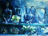 jarras y botella azul