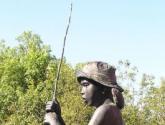 natalia pescando
